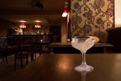 5 Of The Best Top Secret & Hidden Cocktail Bars in London!